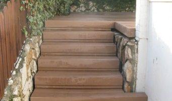 מדרגות דק סינטי